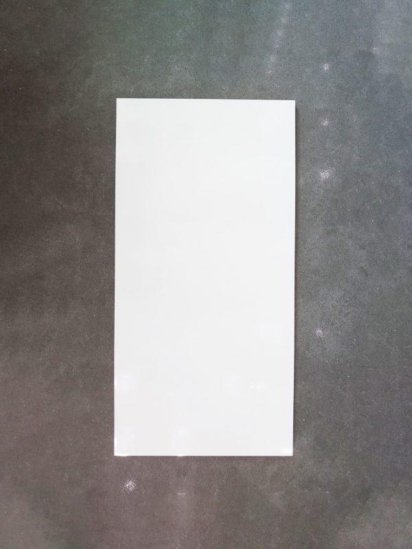 Gạch ốp tường 30x60 màu trắng Redstar 36850